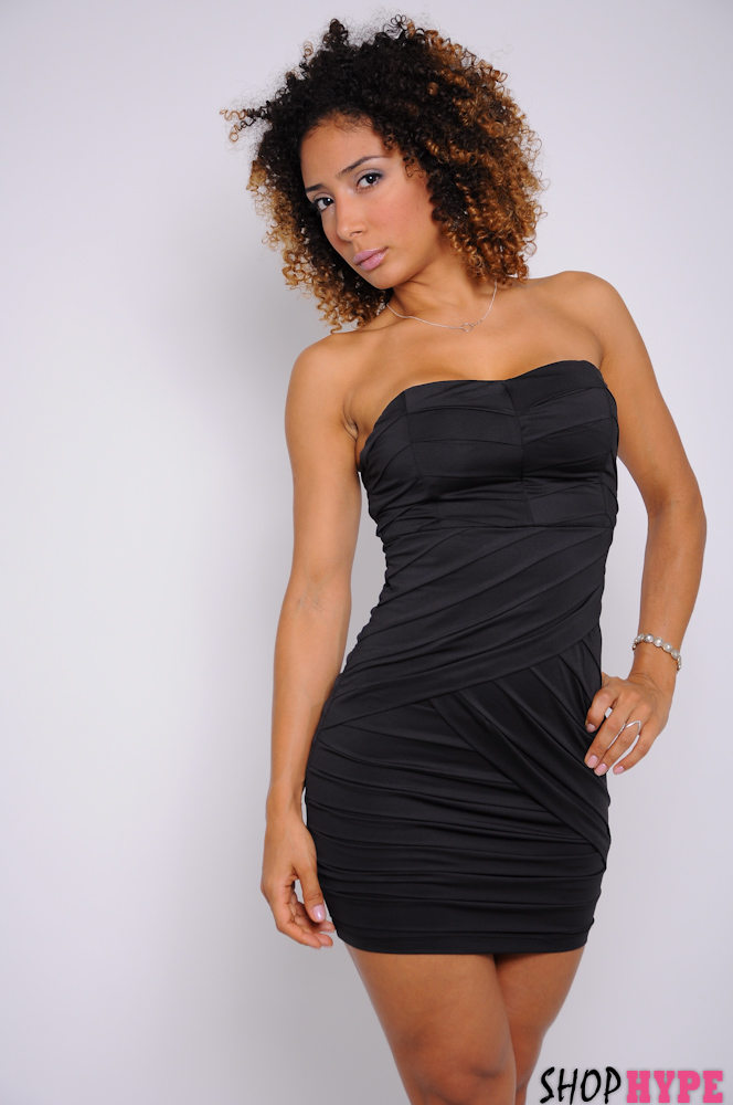 Shop_Hype_Tiered_tube_Dress_Mayara_De_Assis.jpg