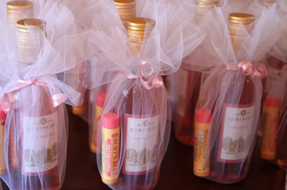 baby shower prizes - mini-wine-bottles